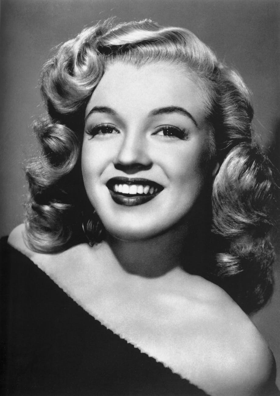 marilyn-monroe-woman-actress-pretty-53453.jpeg